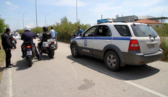 Συνελήφθη, έπειτα από καταδίωξη, 19χρονος για παράνομη μεταφορά αλλοδαπών